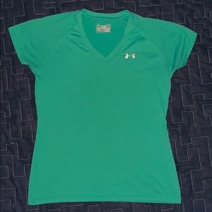 2 Under Armor Heat Gear Semi-fitted Women's shirts